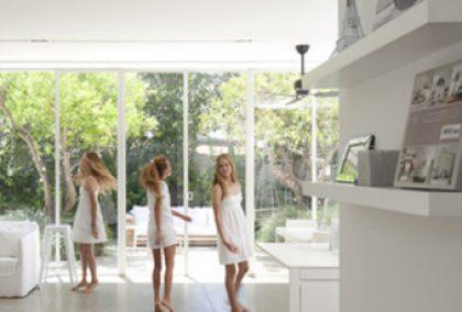 21 חדרים לבנים לשבועות / מאקו-living